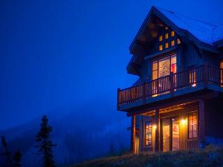 Luxury Slopeside Moonlight Mountain Home with Views Like No Other! - Gallatin Gateway vacation rentals