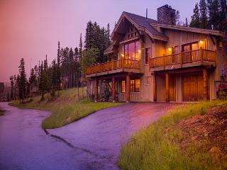 Fabulous ski-in, ski-out property that offers majestic views and privacy too! - Big Sky vacation rentals