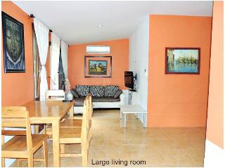 Quiet Family House on Bantai Hill - Koh Phangan vacation rentals