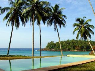 Cove House, a gorgeous house on a spectacular cove. - Tangalle vacation rentals
