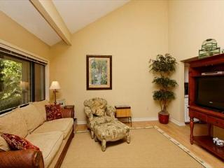 Unique 2BR/2BA Palmetto Dunes Villa has Addictive Golf Views Private Porch - Palmetto Dunes vacation rentals