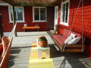 The Beach House  - Guest House -  Triple Bedroom - South Island vacation rentals