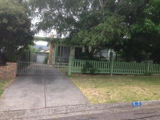 Mornington Penninsula-Rosebud-Location Location Location - Rosebud vacation rentals