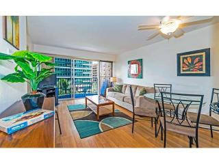 Contemporary Designed 2br 1ba Condo for up  to 6! - Honolulu vacation rentals