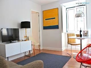 Juniper White Apartment - Portugal vacation rentals