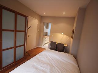 Roulotte - Studio - Liege vacation rentals