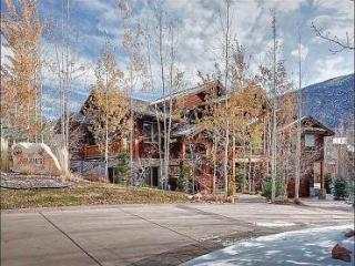 Just a Short Walk to Dining and Shopping - Private Pool Table and Hot Tub (25456) - Utah Ski Country vacation rentals