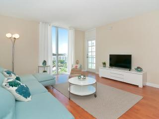 Beautiful Condo on Hollywood Beach - 2 Bedrooms - Hollywood vacation rentals