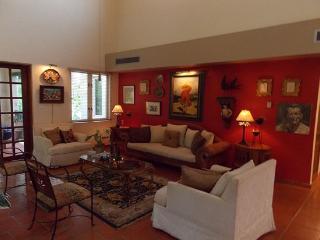 Gorgeous and Spacious 3 BR Villa in Dorado - Vega Baja vacation rentals