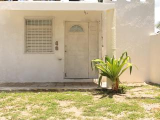 House for rent in progreso beach,close to mayan ru - Progreso vacation rentals