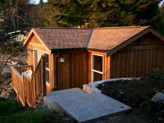 Rutherford Carriage House - Halfmoon Bay vacation rentals