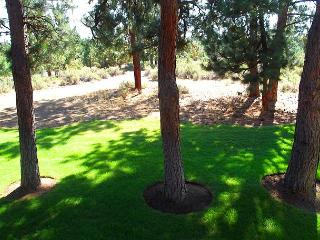 Lovely two story condo in Mt. Bachelor Village - Near The Old MIll - Bend vacation rentals