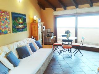 Casa di Silvana - 3702 - Bellano - Milan vacation rentals