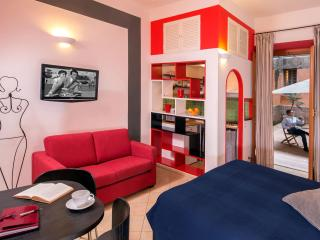 Lupetta - 1 bedroom Apartment in  Piazza Navona - Rome vacation rentals