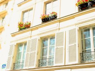 CR252Paris - Apartment Rodin Paris - Paris vacation rentals