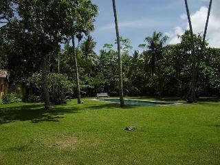 Atmospheric colonial villa amongst coconut palms - Habarana vacation rentals