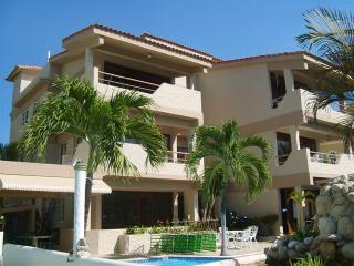 Looking for a tropical escape, look no further. - Constanza vacation rentals