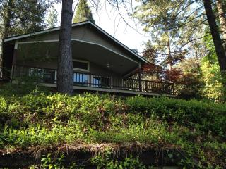 Paradise on the Rogue - Rogue River vacation rentals