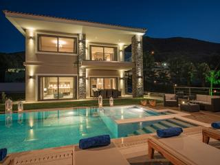 Luxury Villa with private pool and sea views - Hersonissos vacation rentals