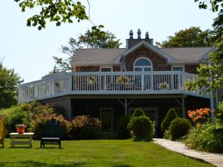 Beautiful Lakefront House For Rent in Porters Lake - Head of Jeddore vacation rentals