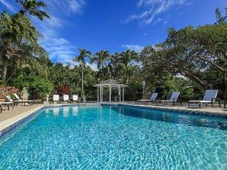 Lovely Vistamar on the edge of Golf Course boasts sea views, pool, cook & separate cottage - Sandy Lane vacation rentals