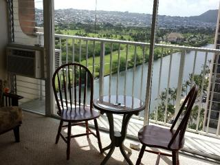 Waikiki 10% off-free parking APRIL and MAY special - Honolulu vacation rentals