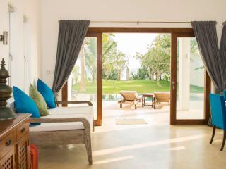 Elephant Palace, stunning beach villa, Galle - Koggala vacation rentals
