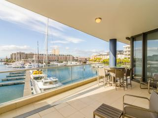 Mountain Marina V&A Waterfront Apartment - Cape Town vacation rentals