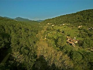 Rustic Mountain House - Cabanelles vacation rentals