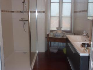 La Biscoutie: Charme d'antan et confort moderne! - Arromanches-les-Bains vacation rentals
