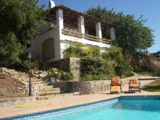 Casa de campo con vistas al mar y piscina privada. - Frigiliana vacation rentals