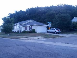 Spacious 4 Bedroom Home - Rochester vacation rentals