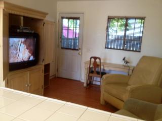 GUEST COTTAGE ~ MEDIA CENTER ! - North Hollywood vacation rentals