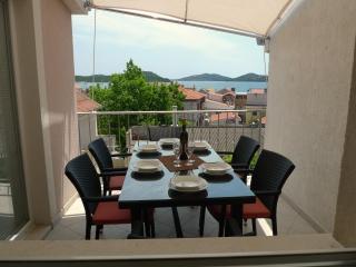 ApartmentHouse Ivana (6+2) - Archipelago Kornati vacation rentals