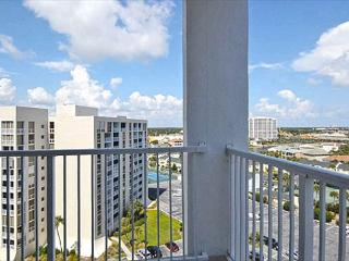 SPRING SPECIAL!!! Shoreline Towers 2121 - Spacious, gorgeous 3-Bdrm Penthouse - Destin vacation rentals