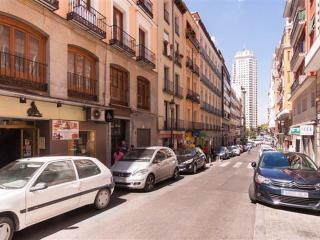 Budget Spacious Superb Location Leganitos 6p - Madrid vacation rentals