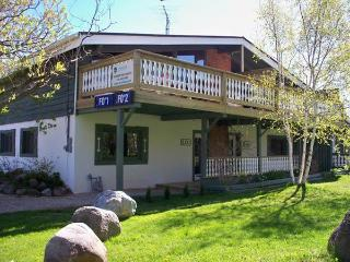4 Bedroom Swiss Style Chalet 2#120R - Ontario vacation rentals