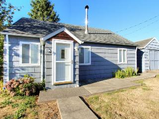 Charming cottage w/ a loft & close to everything! - Rockaway Beach vacation rentals