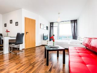 05 Cologne Deutz Apartment with cathedral view - Troisdorf vacation rentals
