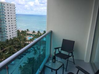 Relaxing Ocean/Beach Front Apartment - 4 Persons!! - Hollywood vacation rentals