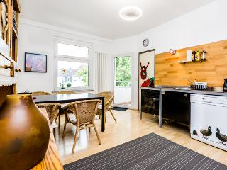 55 Spacious apartment in Cologne Kalk with 3rooms - Cologne vacation rentals