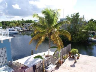 Largo Lookout - 2nd floor, waterfront, boat slip - Florida Keys vacation rentals