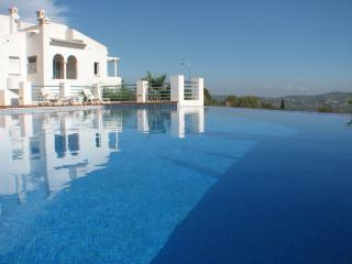 Casa Jasmin- sunny aspect- incredible views-Jalon - Xalo vacation rentals