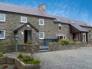 Penrhyn Farm Cottages (Y Stabal) - beach location - Island of Anglesey vacation rentals