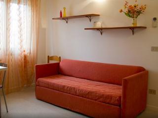 Ca' Lorenzon - Appartamento n° 10 - Caorle vacation rentals