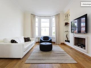 2 Bedroom Apartment - Fulham - Anselm Road - London vacation rentals