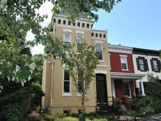 Capitol Calling! Walk to Metro + Parking Permit - Washington DC vacation rentals