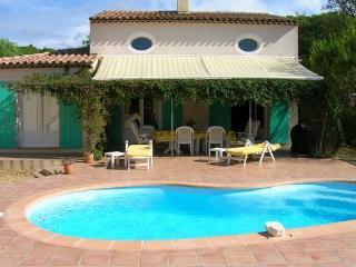 Villa luxe - 8 personnes avec piscine - Ste Maxime - Saint-Maxime vacation rentals