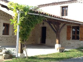 Teyssie cottage - Villeneuve-sur-Lot vacation rentals