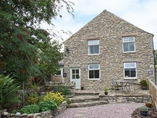 FIELD VIEW, beautiful views, WiFi, close to amenities, in Bradwell, Ref. 916130 - Peak District National Park vacation rentals